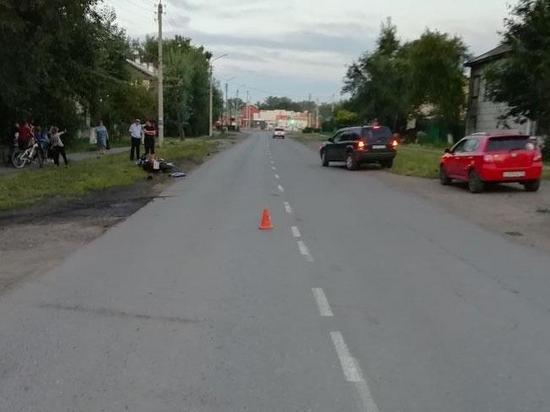 В Хакасии на перекрестке столкнулись автомобиль и мотоцикл