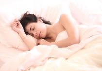 Сомнолог рассказала о необычном нарушении сна из-за самоизоляции