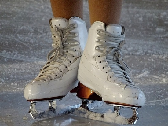 В Ноябрьске возобновились массовые катания на коньках