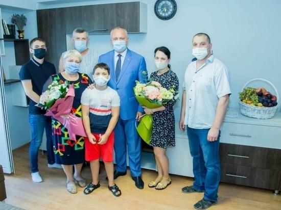 Игорь Додон помог семье трагически погибшего таксиста