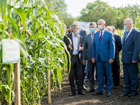Президент Молдовы посетил Институт фитотехники «Порумбень»