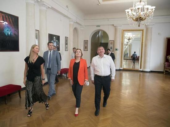 Министр культуры одобрила план реконструкции волгоградского НЭТа