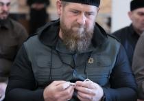 Кадыров показал обряды на Арафат