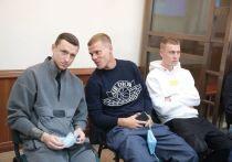 Футболисты Александр Кокорин и Павел Мамаев в пятницу, 31 июля, снова появились в суде