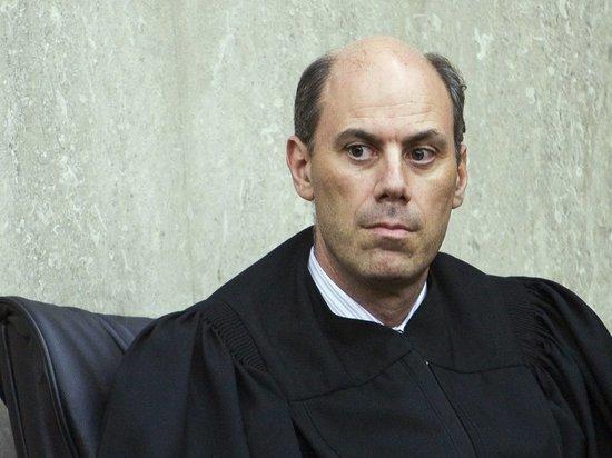Судья отклонил требование правозащитников освободить находящихся в спецприемниках мигрантов