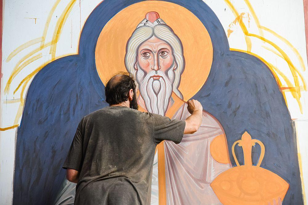 Собор Александра Невского расписывают лучшие иконописцы: фото