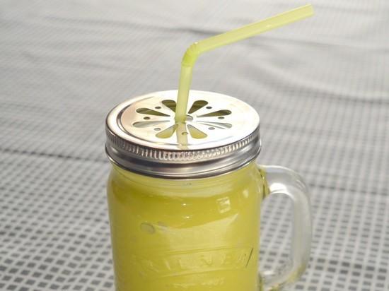 Похудеть без диет: рецепт вкусного смузи из лимона и имбиря