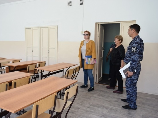 С понедельника 3 августа костромские школы начнут проверять на готовность к новому учебному году