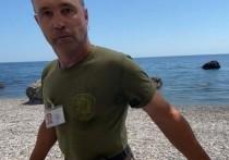 """В санатории """"Форос"""" прокомментировали инцидент на пляже, в ходе которого один из охранников гостиницы напал на отдыхающих и угрожал им нагайкой"""