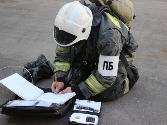 Воловские пожарные отработали условное возгорание в местной школе
