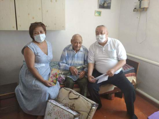 Старейший житель Октябрьского района Калмыкии отметил 90-летие