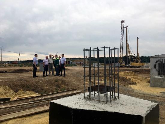 Заместитель курского губернатора проинспектировал строительство нового завода