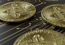 Цена биткоина превысила отметку в $12 тысяч — впервые с августа 2019 года