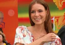Фото голой актрисы Толкалиной с ракушками на сосках взорвало Сеть