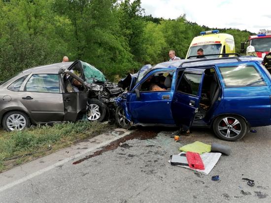 В Волгоградской области четыре человека погибли в ДТП
