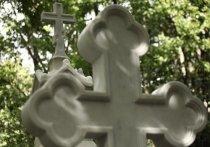 Могильщики одного из кладбищ в Новой Москве изрезали десантника, пришедшего почтить память сослуживцев
