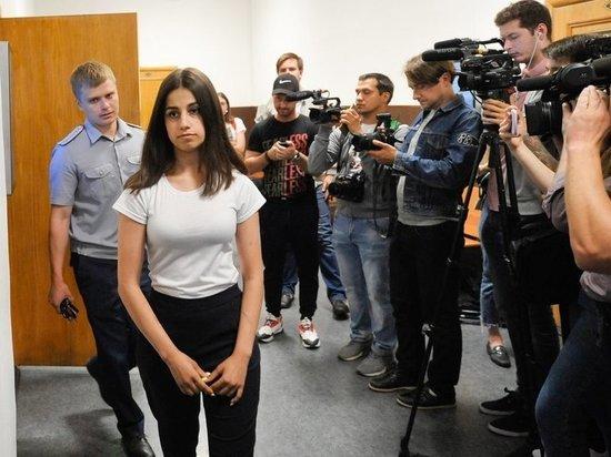 Адвокаты родственников убитого Михаила Хачатуряна испугались мести сестер