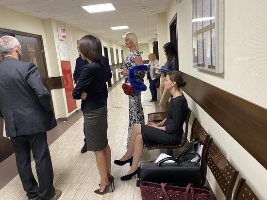 Волочкова пришла в бешенство в суде, оспаривая штраф за коронавирусные поездки