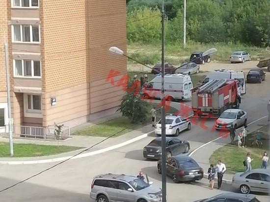 В Калуге с 17-го этажа упал молодой человек