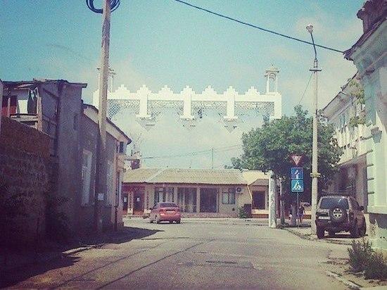 Аксенов поручил провести полный мониторинг дорог Крыма для ямочного ремонта