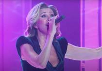 Певица Вика Цыганова продемонстрировала поклонникам, что в свои 56 лет может дать фору многим женщинам на порядок моложе нее