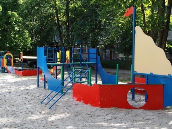 При поддержке Металлоинвеста в Железногорске возведены детские спортивно-досуговые объекты