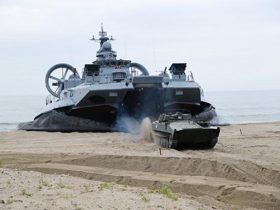 Российский флот показал возможности по высадке десанта: противник уничтожен