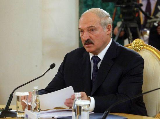 """Лукашенко: """"Россия боится нас потерять"""""""