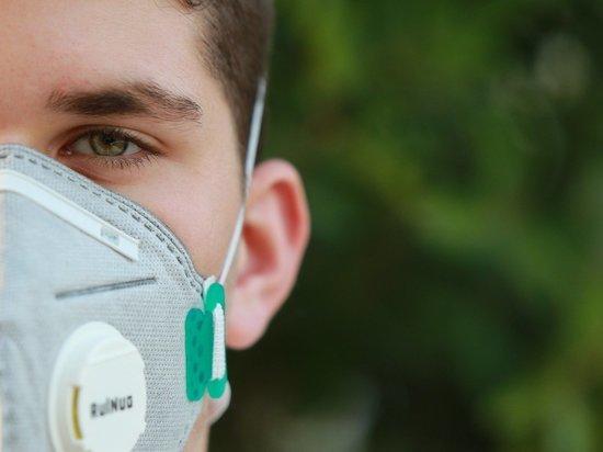 В Кировской области в стационарах лечатся 827 больных COVID-19