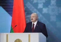 Президент Белоруссии Александр Лукашенко пообещал пресекать в стране несанкционированные акции протеста самым жестким образом