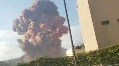 Мощную взрывную волну в Бейруте сняли на видео: жуткое зрелище