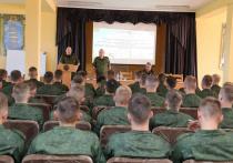 Сразу после выборов президента Белоруссии, которые пройдут уже в это воскресенье, в стране начнутся военные сборы