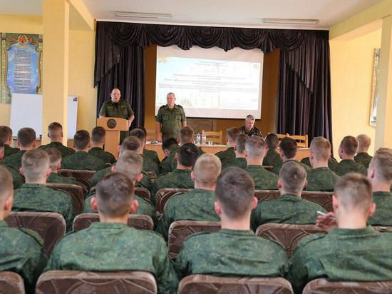 Названа скрытая цель военной мобилизации в Белоруссии: предотвратить протесты