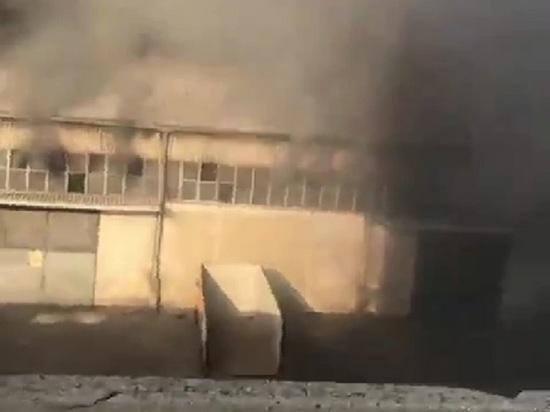 Чудом выживший очевидец снял видео взрыва в Бейруте вблизи