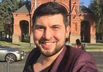 Бари Алибасов-младший стал обвиняемым по уголовному делу, возбужденному против него по заявлению экс-директора группы «На-На» Андрея Назарова
