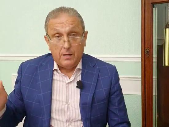 Известный блогер заподозрил щигровские власти в сговоре и увидел нависшую над мэром Курска угрозу скандалов