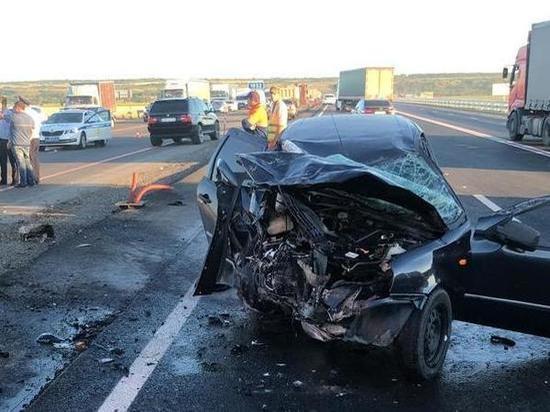 В столкновении двух отечественных автомобилей в Ростовской области погибла пассажирка