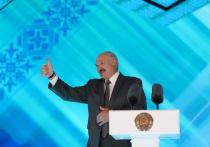 Кандидат в президенты Белоруссии Андрей Дмитриев отметил, что власти страны могут использовать ситуацию с задержанием более 30 россиян под Минском для введения чрезвычайного положения в стране