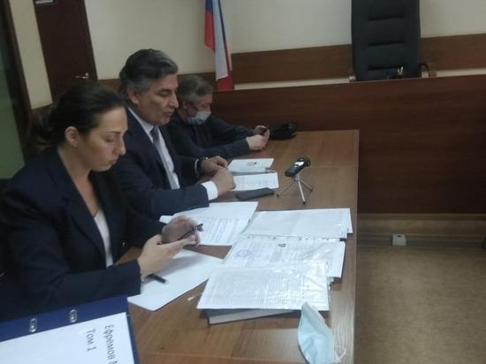 Адвокат Ефремова заявил о существовании у потерпевших «липовых» свидетелей
