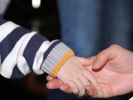 Во время пандемии коронавируса семьи с детьми получили по 10 тысяч рублей на каждого ребенка до 16 лет