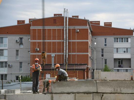 Министр Якушев проверил, как идет строительство жилья в Волгограде