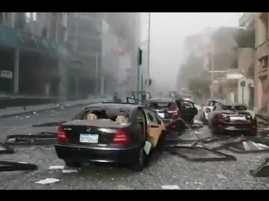 В Бейруте ввели чрезвычайное положение