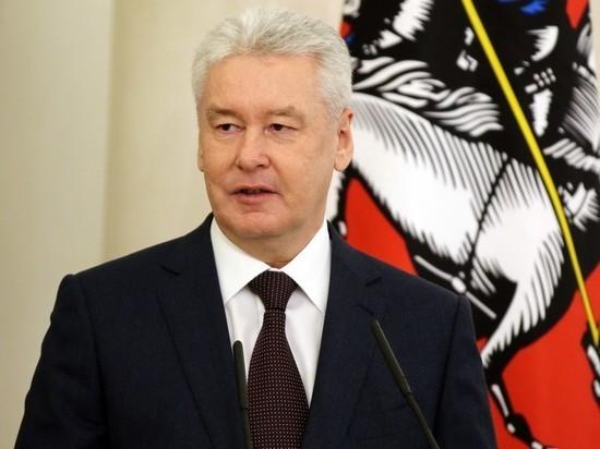Собянин: масочный режим в Москве могут оставить еще на несколько месяцев