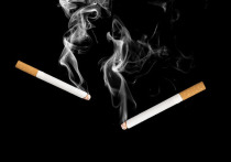 Специалисты оценили риск заразиться коронавирусом через пассивное курение