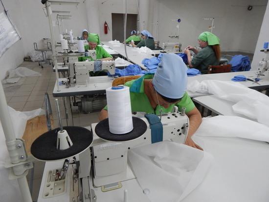 В Хакасской колонии изготавливают «защиту» от коронавируса