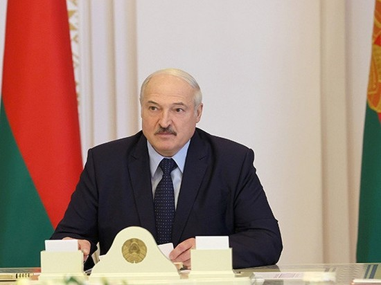 Лукашенко заявил о задержании в связи с выборами работающих в Госдепе