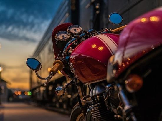 По предварительным данным, все три аварии с участием мотоциклистов произошли по вине водителей машин