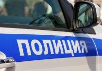 Под Новосибирском мужчина прятался от грабителя, обчищавшего его дом
