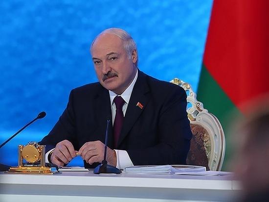 Лукашенко заявил, что его умышленно заразили коронавирусом