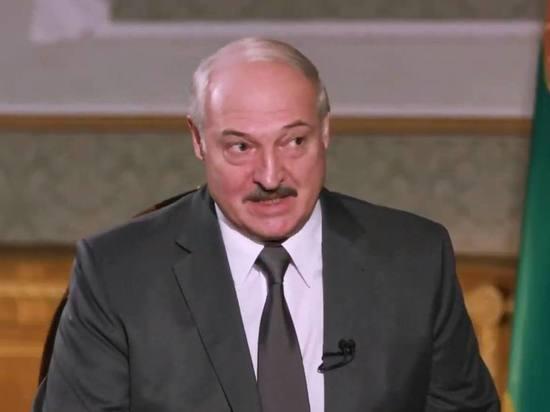 Президент Белоруссии Александр Лукашенко в интервью украинскому журналисту Дмитрию Гордону заявил, что по его сведениям Борис Ельцин через какое-то время пожалел, что выбрал Владимира Путина своим преемником